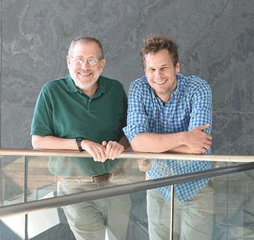 Josh Sanes (l) and Maximilian Joesch