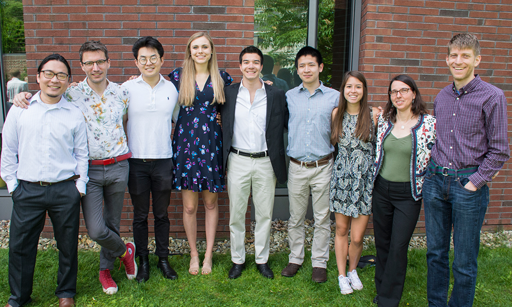 (l to r) Dr. Dominic Mao (Assitant director MCB and CPB), Dr. Vlad Denic (Head tutor, MCB), Eric Li, Anna Lachenauer, Richard Ng, Alan Gao, Emily Gonzalez, Dr. Rachelle Gaudet, and Dr. Adam Cohen (CPB Co-head tutors)
